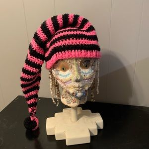 Fashion crochet hat with ball
